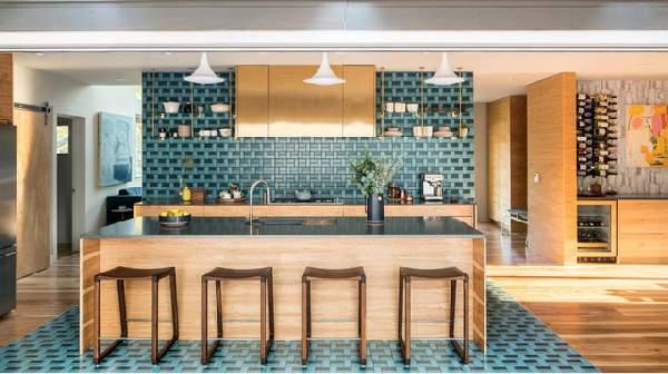 современные кухни с барной стойкой, фото 70