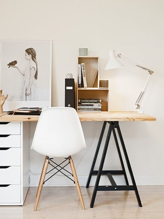 Письменный деревянный стол своими руками
