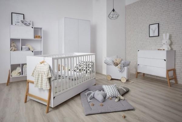 интерьер детской комнаты для девочки простой