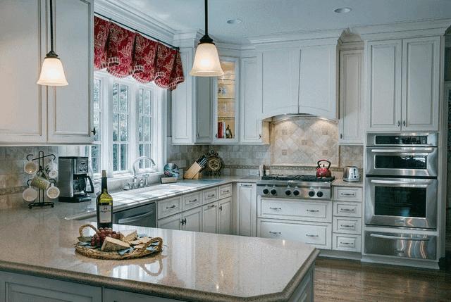 маленькая кухня в стиле прованс фото интерьер