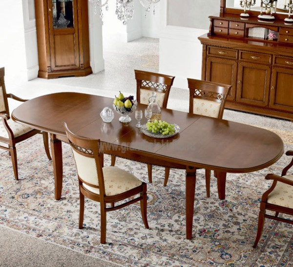 раскладной обеденный стол в классическом стиле