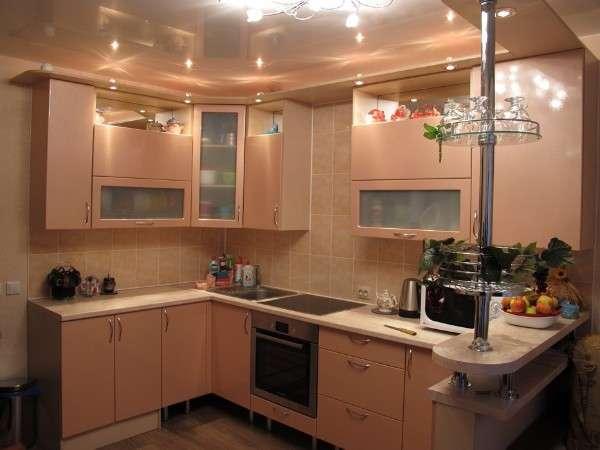 современные кухни с барной стойкой, фото 48