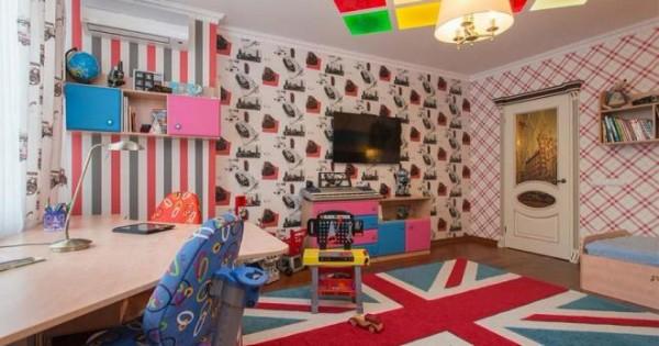 интерьер детской спальни для мальчика в лондонском стиле