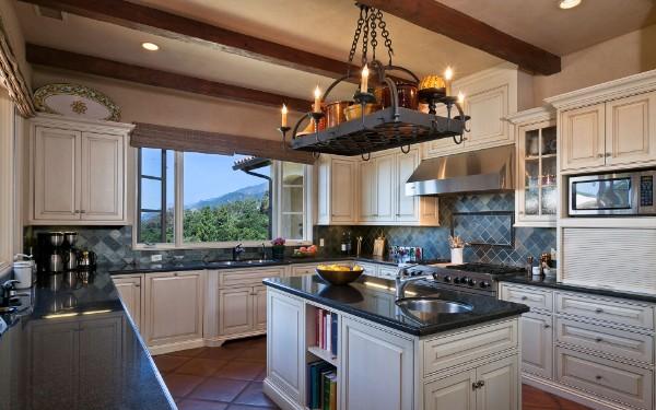 классическая кухонная мебель фото