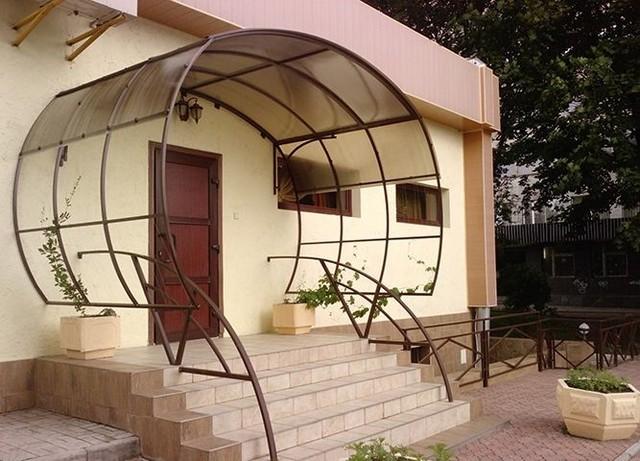 крыльцо дома из поликарбоната фото