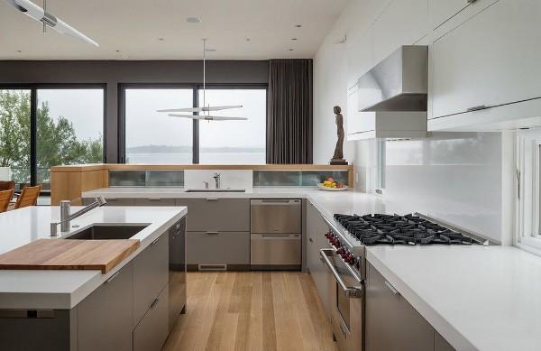 эффектный современный дизайн кухни в стиле хай-тек