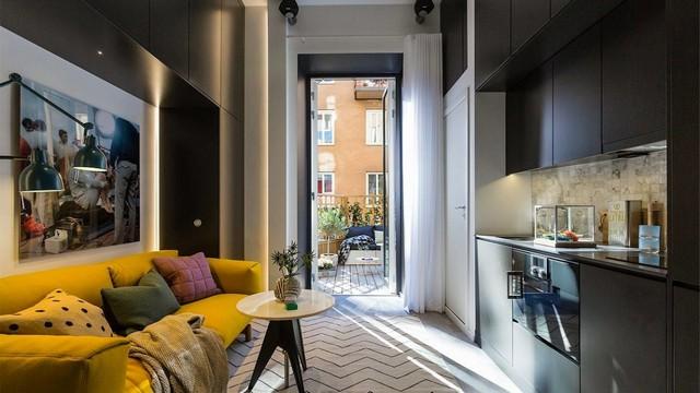 интерьер гостиной с балконом фото