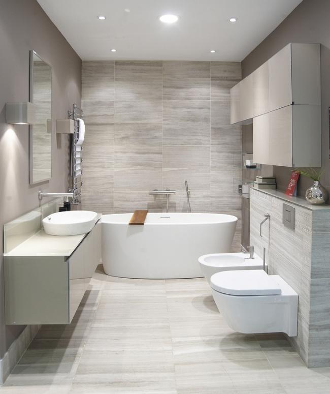 керамическая ванна в интерьере