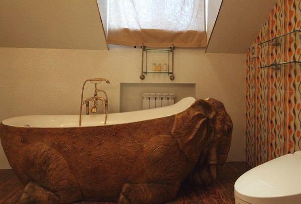несимметричная ванная комната