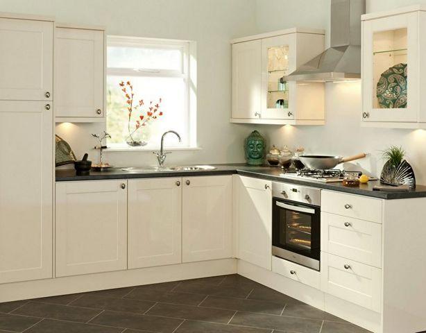 дизайн кухни 12 фото угловые
