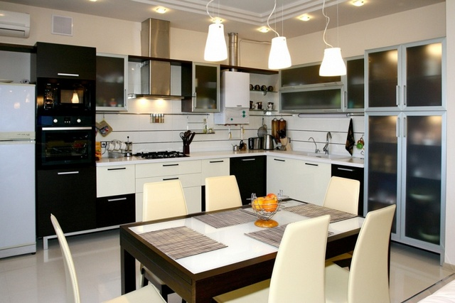 кухня 12 кв м в стиле хай тек