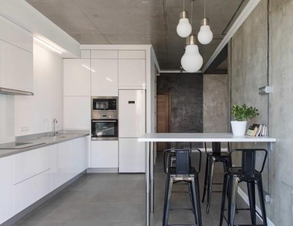 белый лаковый цвет в дизайне фасада кухни лофт
