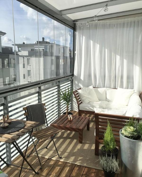 дизайн очень маленького балкона