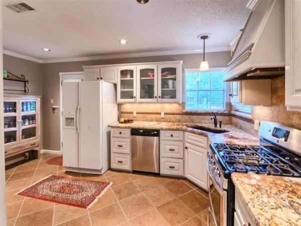 эффектный интерьер угловой кухонный гарнитур для кухни