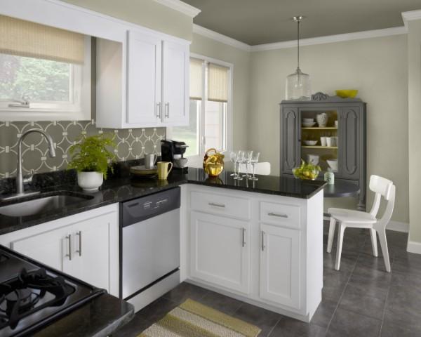 фасад кухни белого цвета