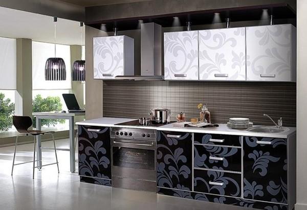 фасад кухни с узорчатым принтом