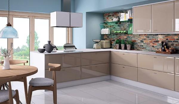 фасад кухни серо-бежевого цвета