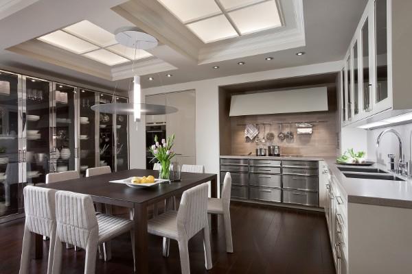 фасад кухни светло-серого цвета