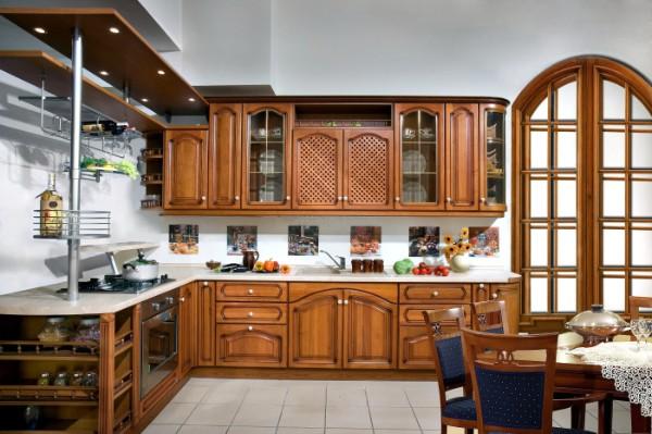 фото угловой кухонный гарнитур для кухни дерево