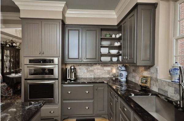 интересный серый цвет в дизайне фасада кухни