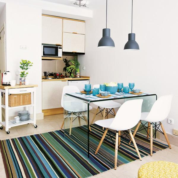 маленький кухонный гарнитур в скандинавском стиле на фото