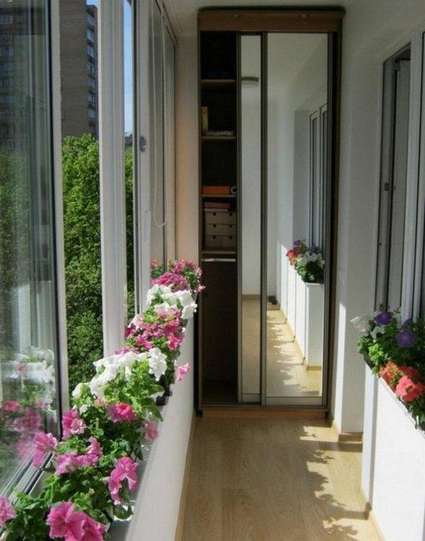 отделка балконов шкафчиками