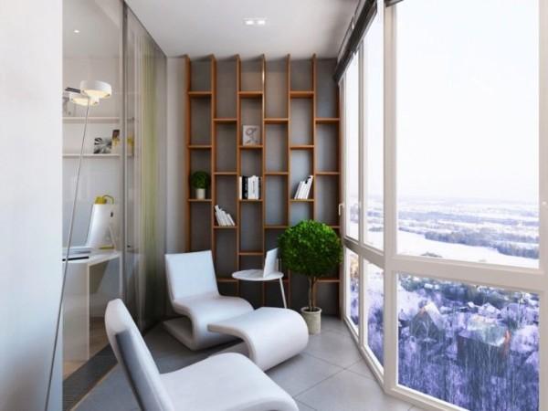 панорамные окна в дизайне маленького балкона