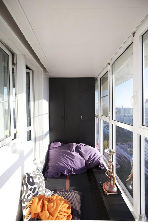 шкафчики на балкон во всю стену