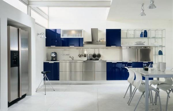 синий и хромированный цвета фасадов для кухни