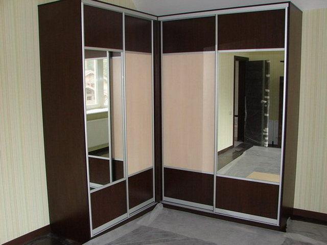 современные шкафы купе в гостиную угловые фото