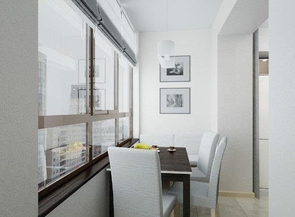 столовая на маленьком балконе в дизайне кухне