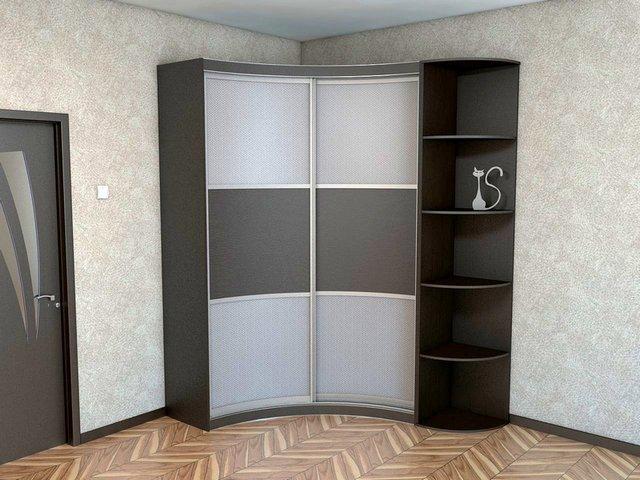 угловая гостиная со шкафом купе