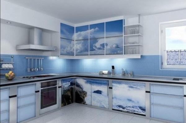 угловой кухонный гарнитур для большой кухни с фотопечатью