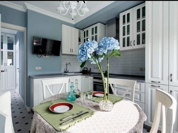 угловой кухонный гарнитур для кухни в стиле классики