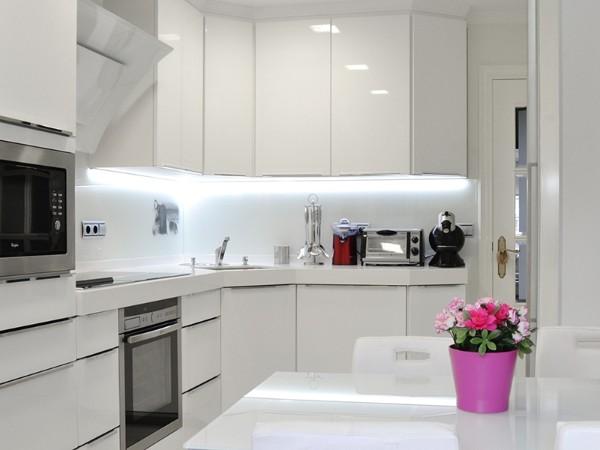 угловые кухонные гарнитуры для кухни 6 метров