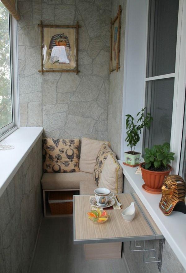 уютный дизайн балкона маленького размера зона отдыха