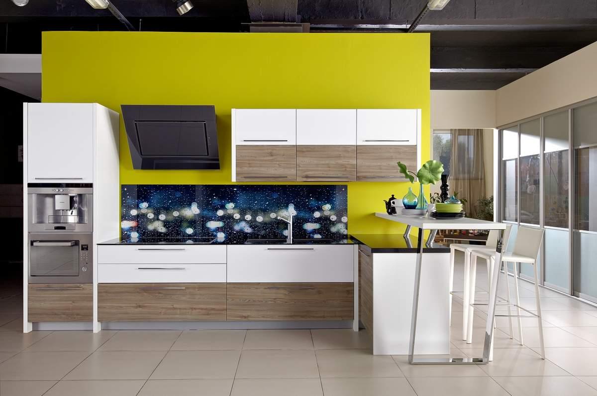 кухня в квартире студии главная