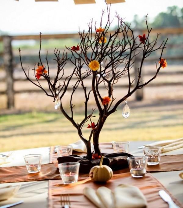 идеи осеннего декора комнаты дерево
