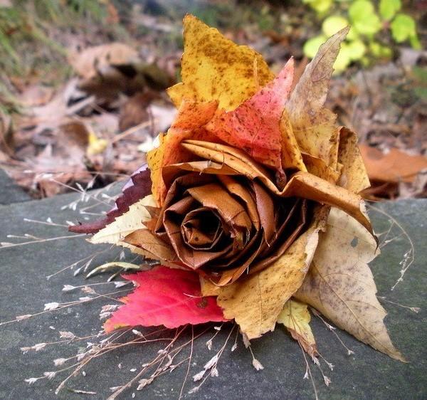 интересный осенний декор своими руками букет из осенних листьев