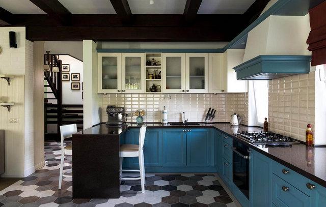 интерьер кухни столовой гостиной в частном доме
