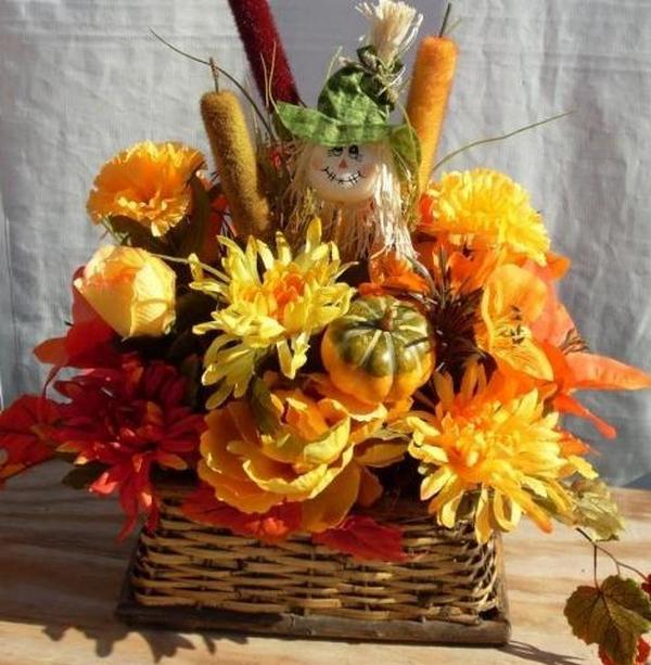 композиция осенние листья в корзине