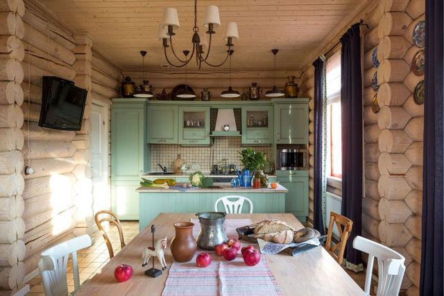 кухня гостиная в частном деревянном доме