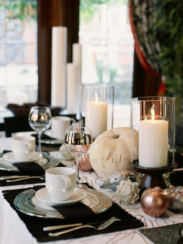 осенний декор своими руками для декора обеденного стола белая тыква