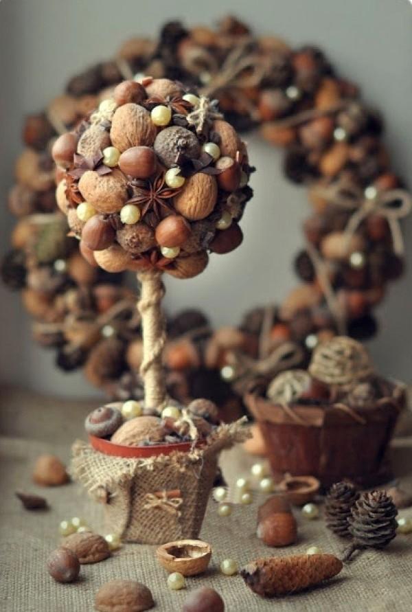 осенний декор своими руками топиарий из орехов жёлудей и каштанов