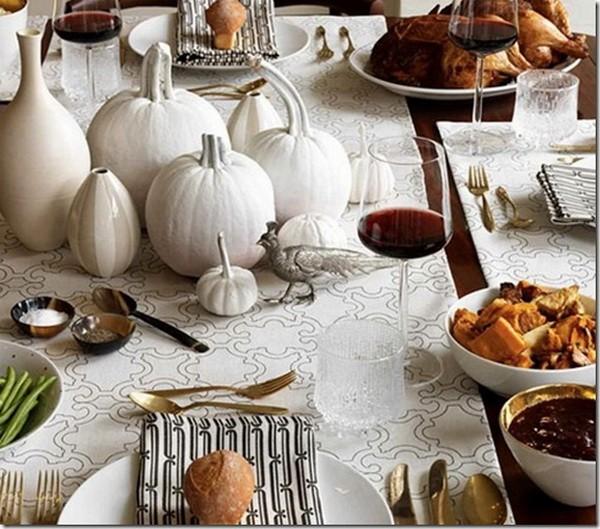 осенний декор своими руками тыква белого цвета на столе