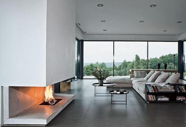 стиль минимализм в интерьере квартиры с камином