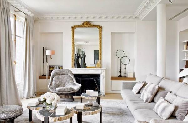 дом во французском стиле светлая гостиная