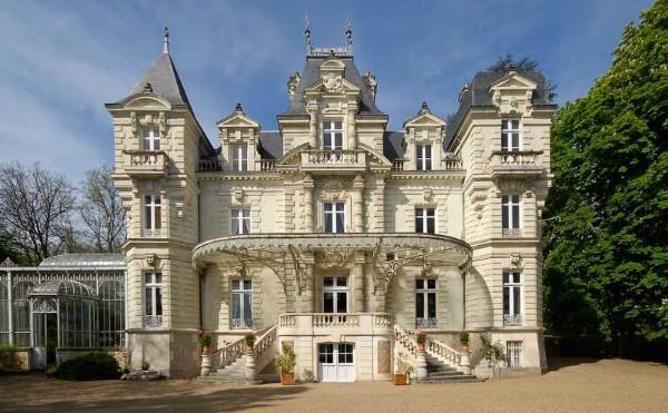 дом во французском стиле три этажа