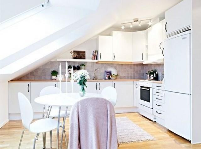 интерьер кухни студии мансарда фото пример