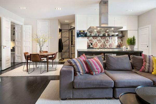 кухня студия с гостиной простой интерьер